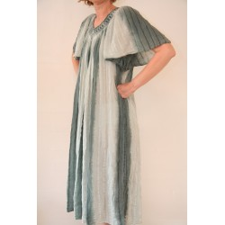 Vintage 90'er kjole i støvet grøn-M til XL