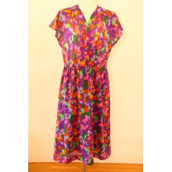 Lilla 80'er kjole med vildt mønster-M